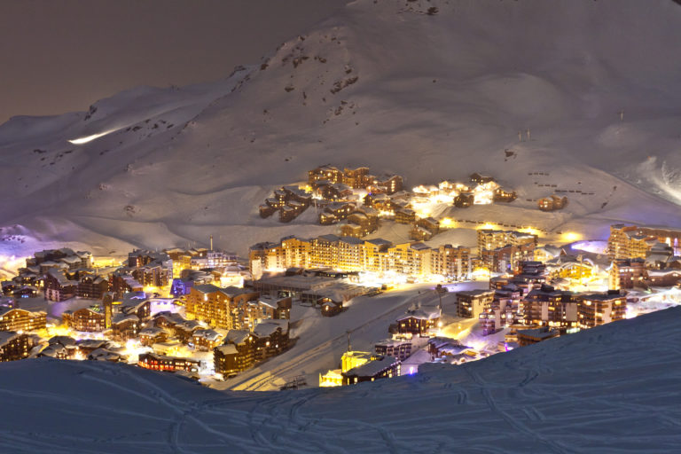 Nighttime landscape Val Thorens Village