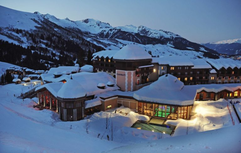 Nighttime external view of Club Med Valmorel