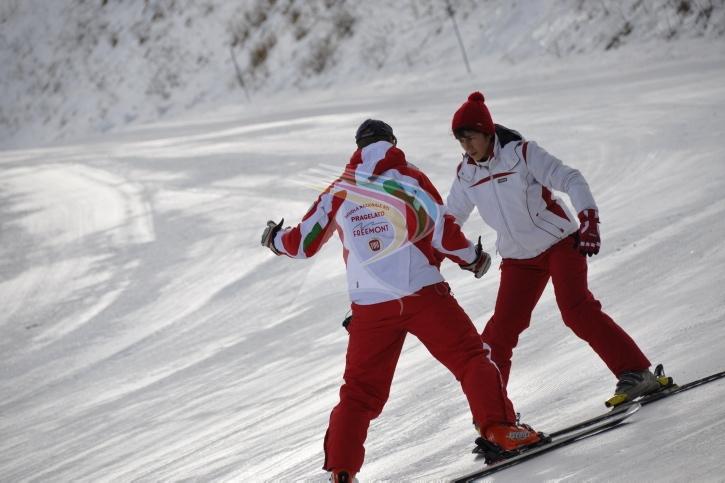 Private ski lesson in Pragelato Vialattea Italy