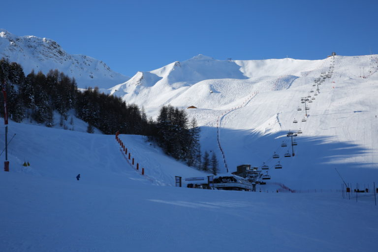 Vue stade de slalom in La Plagne Ski Resort, France