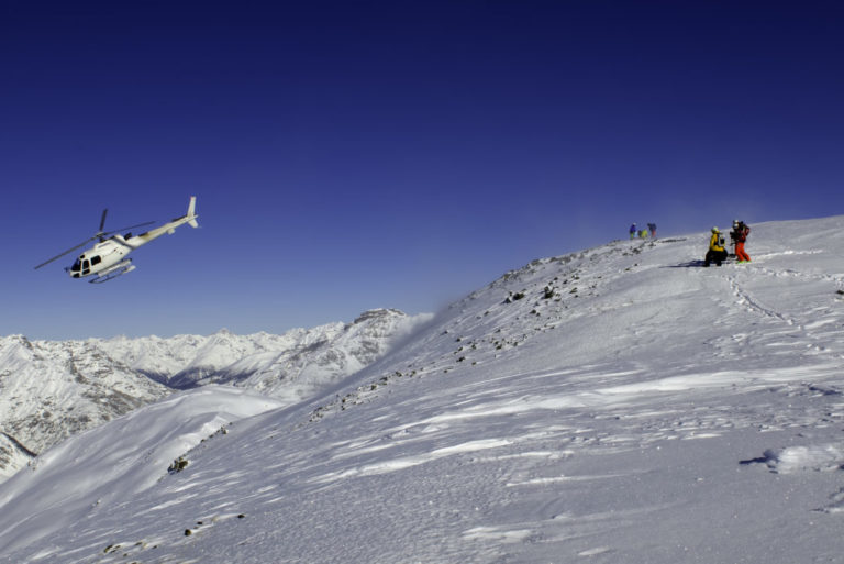 Helicopter for Heli-Skiing in in Livigno Italy